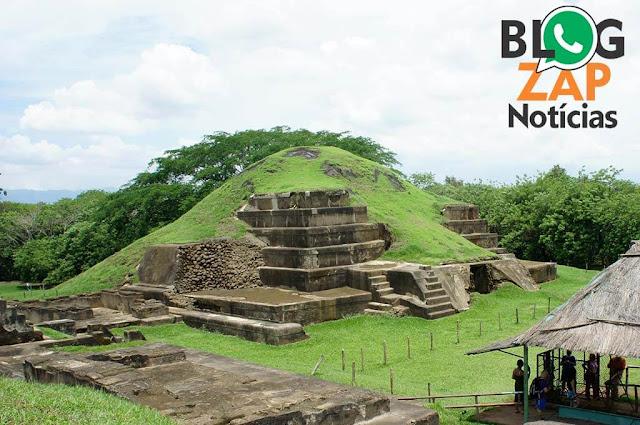 Pirâmide construída pelo os Maias