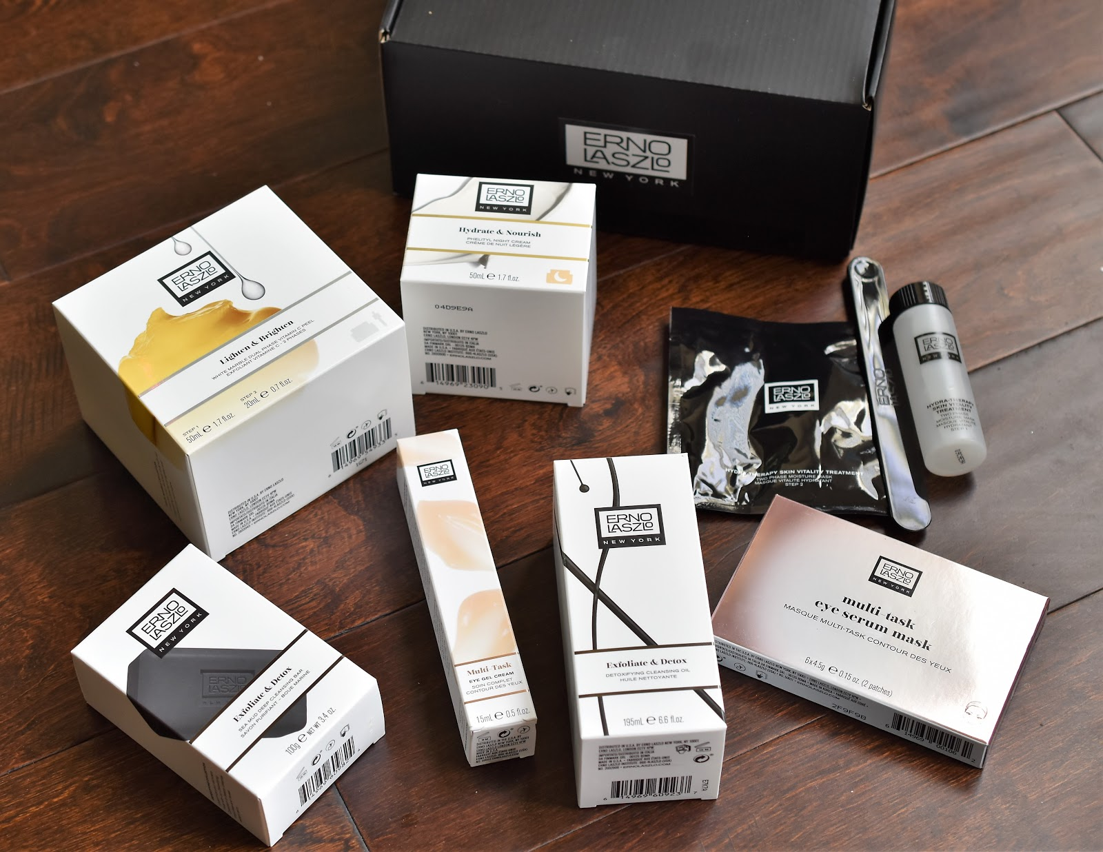 Christmas Gift Ideas for Skincare Lovers: Erno Laszlo