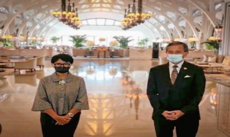 Menlu RI Bahas Kerja Sama Perjalanan Bisnis dengan Singapura