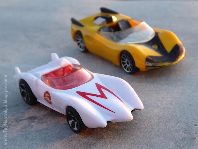 MACH 5 / X Racer Car - METEORO - HotWheels  (METEORO - SPEED RACER - MACH Go Go Go)