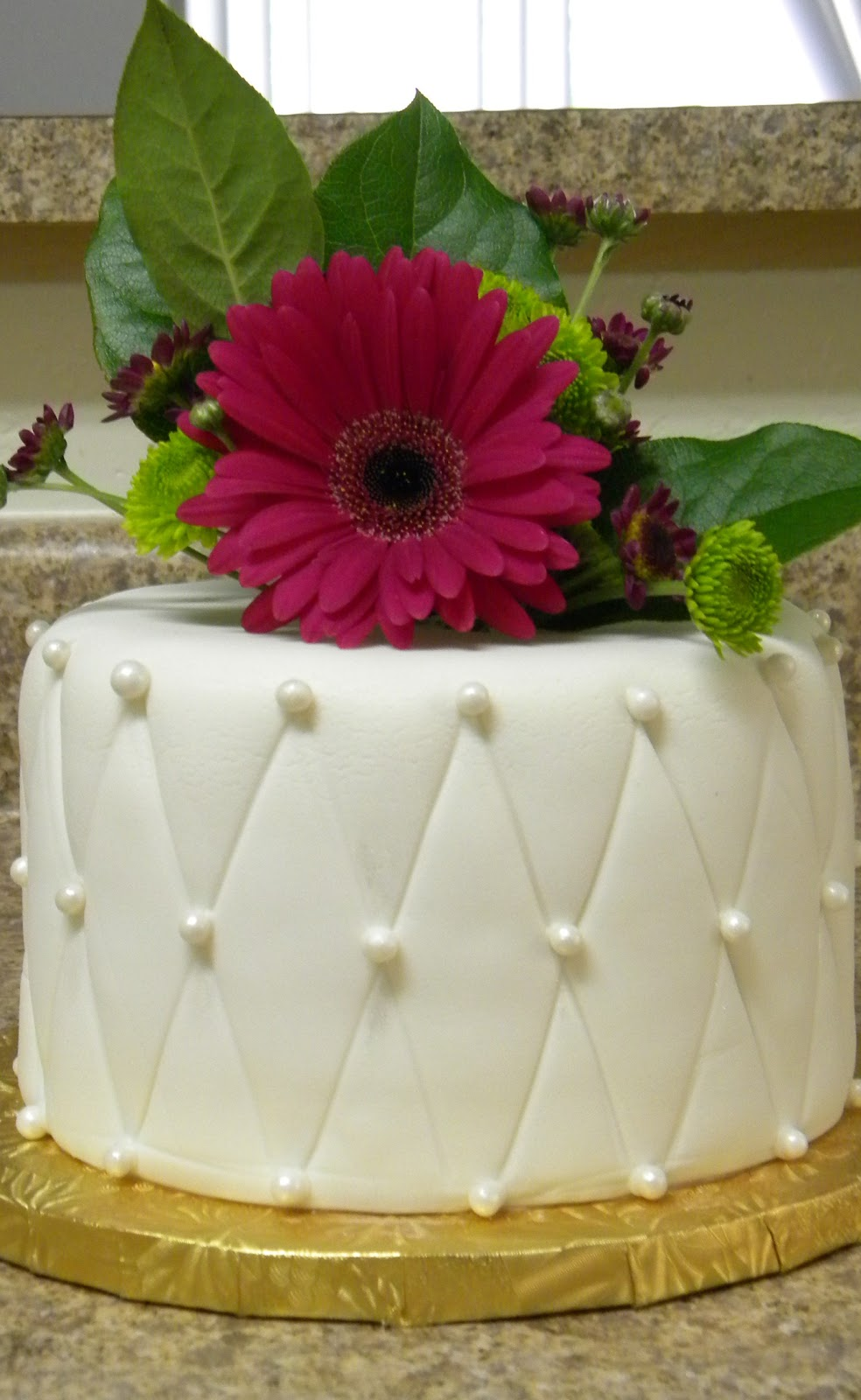 eating wedding cake on 1 year anniversary originalcinn the perils of frozen wedding cake 13877