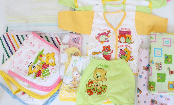 Perlengkapan Baju Bayi yang harus dibeli