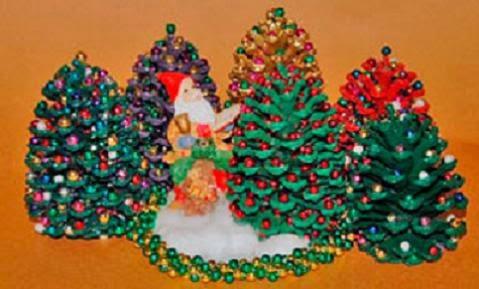 Manualidades Adorno Navidad Con Pinas De Pino - Manualidades-navideas-con-pias