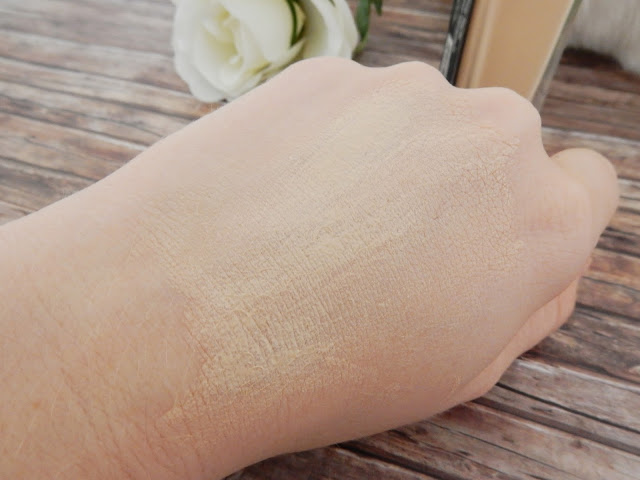 Maybelline Fit me Foundation 110 Swatch