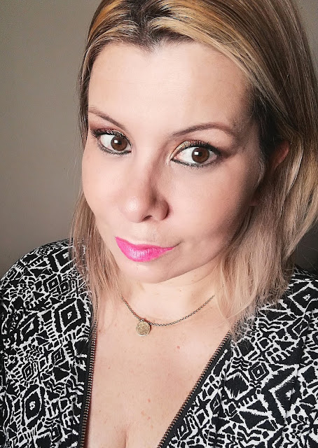 Marta V com Water Lips stains da Clarins