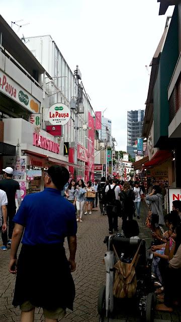 Calle Takechita. Harajuku, Tokyo, Japón.