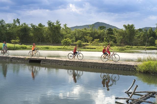 Cycling, Cycling Halong Bay, Cycling in Halong Bay, travel by Cycling, Cycling Tour Halong bay,