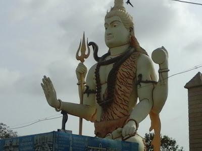 LORD SHIVA STATUE at Nageshwara Jyotirlinga temple