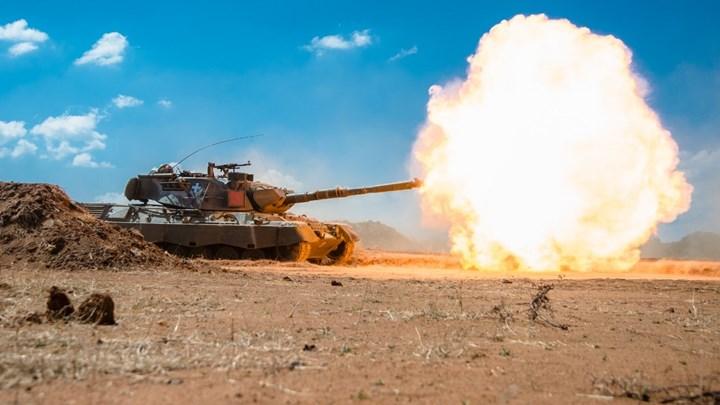 Μεγάλη στρατιωτική άσκηση - Έσταξαν φωτιά οι κάννες στον Έβρο (ΒΙΝΤΕΟ)