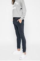 pantaloni-de-trening-femei12