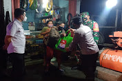 Kapolsek Cisoka bersama Muspika Salurkan Bantuan Sembako Kepada Masyarakat yang Terdampak di PPKM Level 4