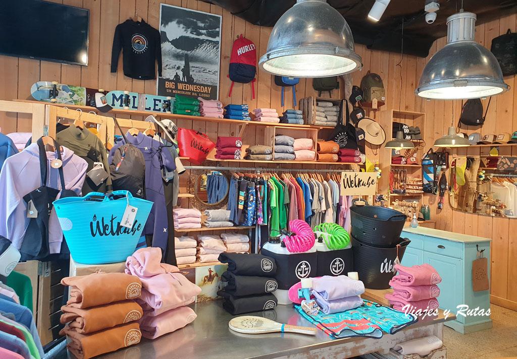 Boutique surfera, La Surfería de Suances
