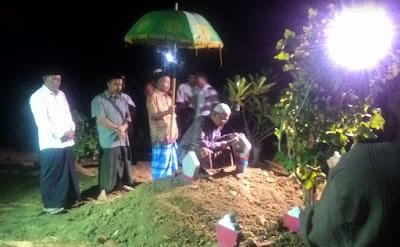Syair Lagu Saben Malam Jum'at Ahli Kubur Mulih Nong Omah