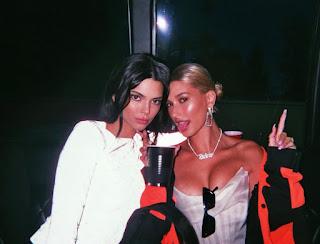 BFFs Kendall Jenner and Hailey Baldwin enjoying a shopping spree