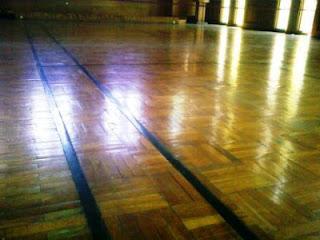 Parket Badminton, Lantai Bulutangkis