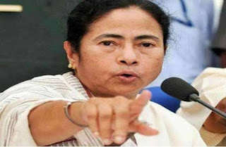 PM Narendra Modi can't talk proper English, says Mamata Banerjee