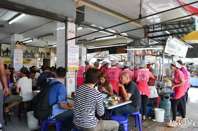 【泰國。曼谷】水門海南雞飯:老字號的平價雞肉。 2