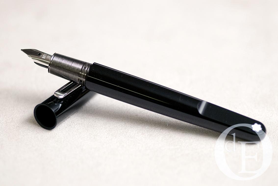 1acf494c8e7 Aparo – O aparo desta caneta é de ouro de 14 quilates