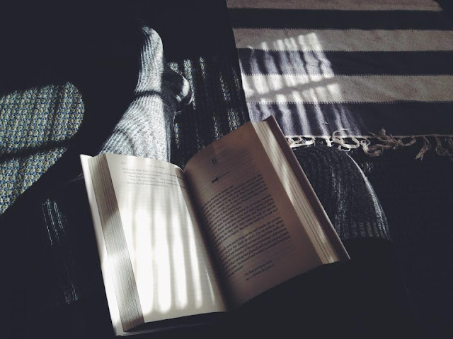 5 signs you are addicted to books