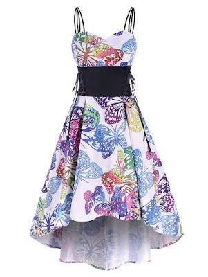vestido blanco de tirantes con estampado de mariposas de colores