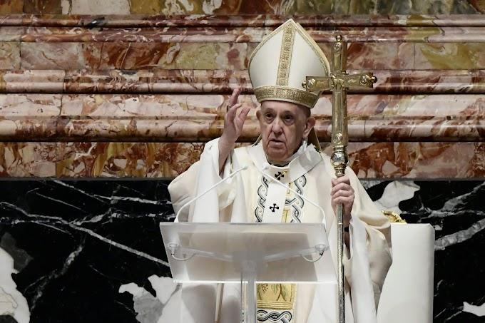Az időseknek és a betegeknek szentelte imáját a pápa