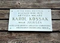 Tablica na domu, w którym mieszkał Karol Kossak