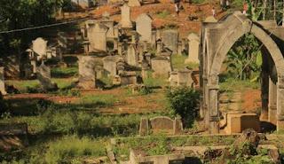 Situs makam Belanda Sawahlunto