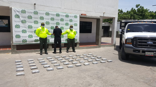 PILLADO EN MAICAO CON 50 KILOS DE COCAINA.