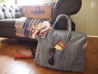 sew, holiday bag