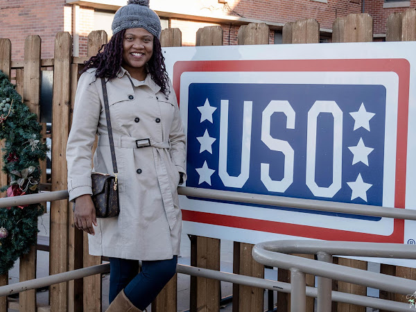 How to Support the USO During the Holidays ~ #USOHolidays