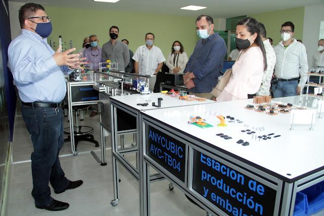 Empresarios de Canaive Yucatán conocen oferta de carreras técnicas y licenciaturas de la UTM