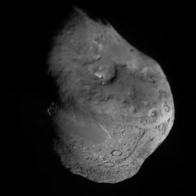 Nucleus Of Comet Tempel 1 (9P/Tempel)
