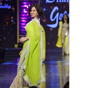 India's 'Model' CEO, Devita Saraf stole our hearts from the ramp at Shaina NC's show