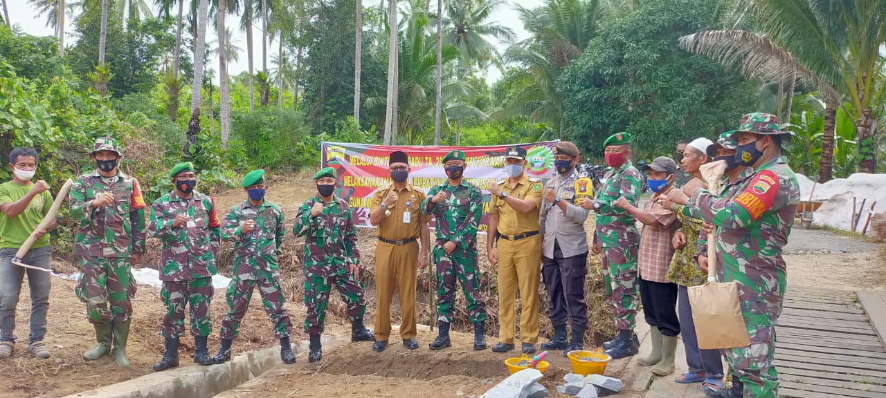 Komando Distrik Militer 0318/Natuna Melaksanakan Program Binter Terpadu TA 2020