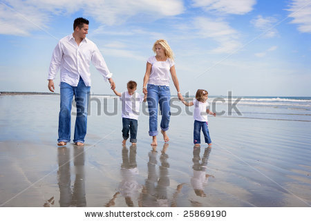 Things I Hate Generic Family Photos ~ Things I Like to Eat (and
