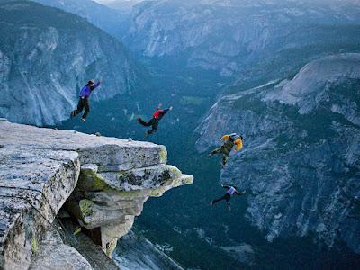 munte, saritura, sport extrem,