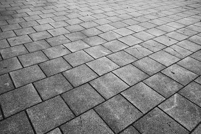 pavimentazione-esterna-materiali-porfido-trachite