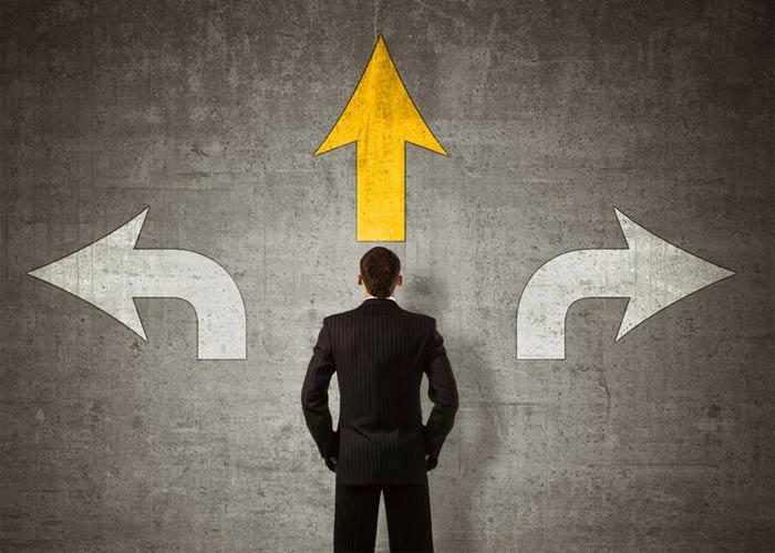 كيف تتخذ قرار جيد بسرعة في 5 خطوات .. فن اتخاذ القرار