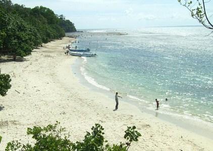 Pesona Keindahan Wisata Pantai Pasir Putih Permisan Di
