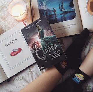Avis tome 1 Chroniques lunaires Cincer roman Marissa Meyer Coin des licornes Blog lifestyle Toulouse