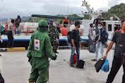Penumpang dari Tanjungpinang Diperiksa Tim Gustu Covid-19 di Pelabuhan Tarempa