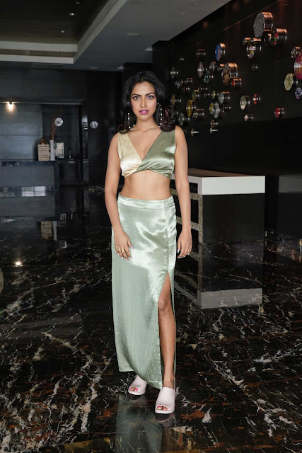 Actress Amala Paul Shows Off Her Sexy Body in Different Outfits Navel Queens