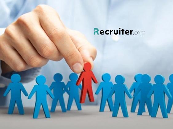 6. Online Recruiter