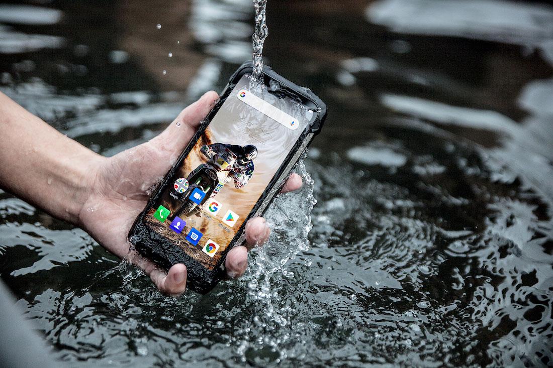 ¿Unas fotos bajo el agua? 🏊🏼♀️ Mejores celulares resistentes al agua