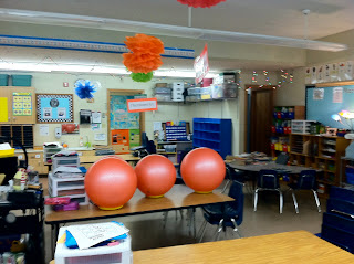 photo of classroom photo Teaching With Style organization 3rd grade yoga balls
