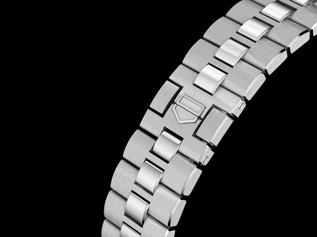 TAG Heuer Monaco steel bracelet