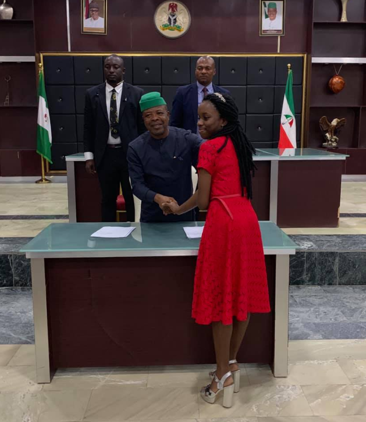 Governor Ihedioha Meet Two WAEC Best Students, Awards Scholarship To Any University Of Their Choice