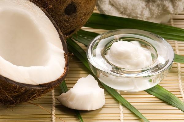 cách chăm sóc da bằng dầu dừa