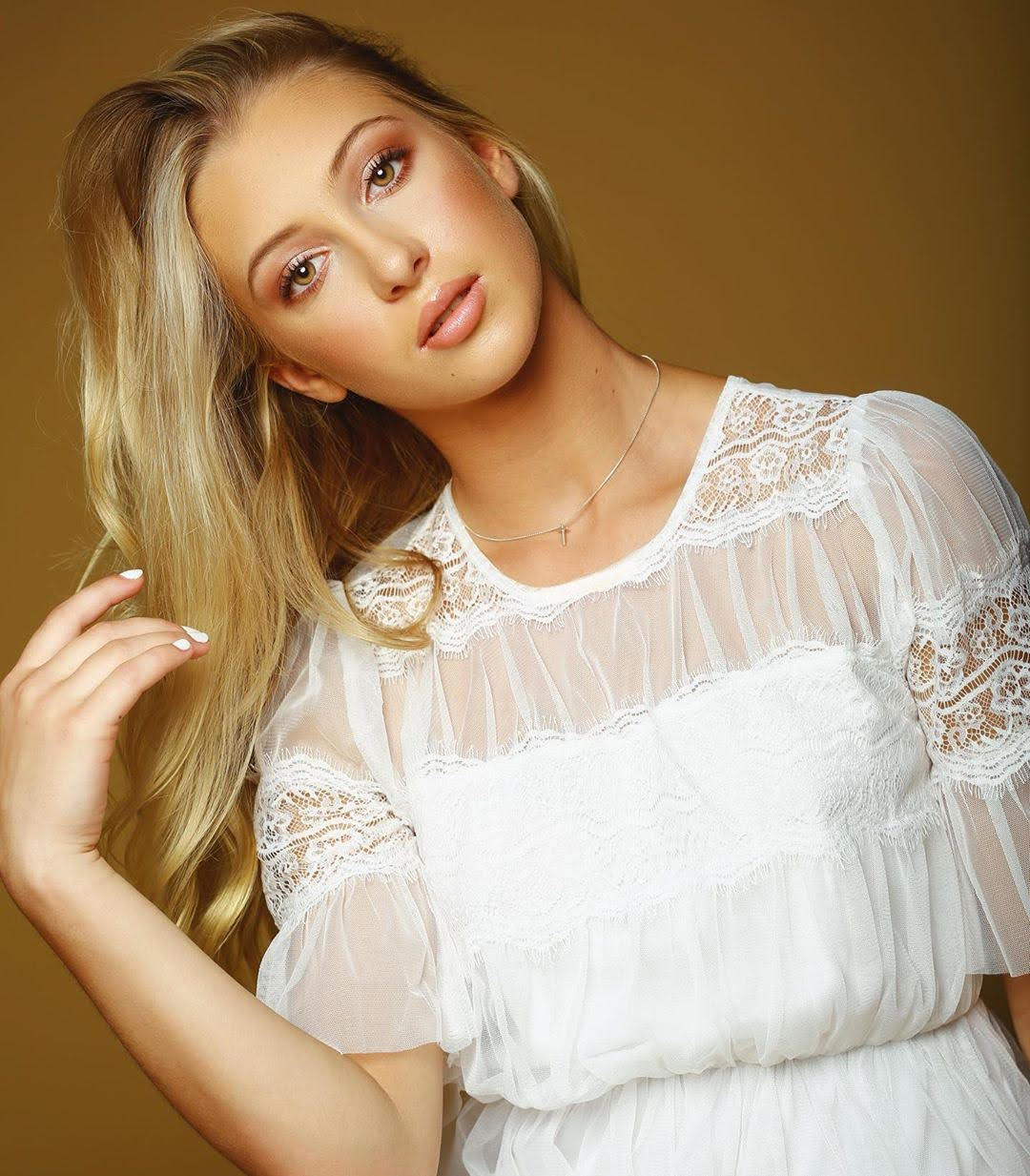 Emily Roman 6