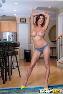Alexis-Fawx-%3A-Getting-Help-And-Squirting-%23%23-BANG-BROS-e6vs3w8mg2.jpg